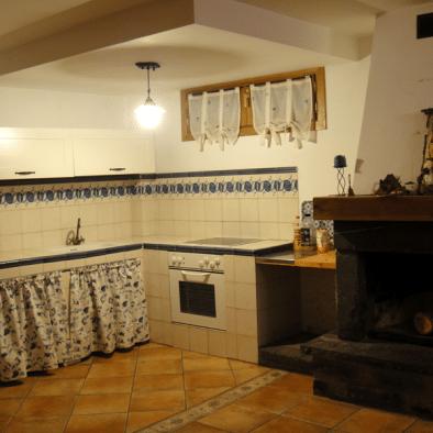 Brisa de Jaca - bodega con cocina