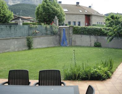 Brisa de Jaca - jardín