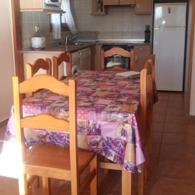 Casa Patro - mesa cocina