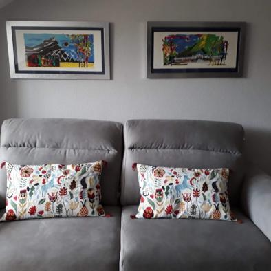 La Postal de Collarada - salón con sofá cama